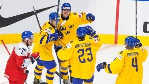 Sweden extends winning streak; US routs Austria