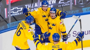 Swedes look to continue preliminary round dominance on Day 4 at World Juniors