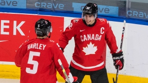 Cozens sets the tone as Canada keeps confidence in Czech