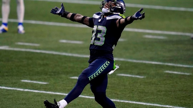 Report: Seahawks S Adams to sit out mandatory minicamp