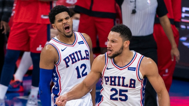 Harris expresses support for Simmons after 76ers meeting