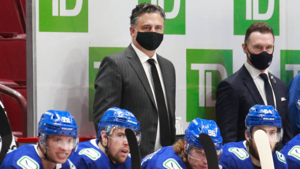 'Intent' from Vancouver Canucks to extend head coach Travis Green - TSN.ca