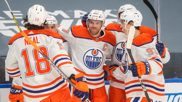 Connor Mcdavid Scores A Pair Of Goals In 4 3 Overtime Win For Oilers Over Toronto Maple Leafs Tsn Ca