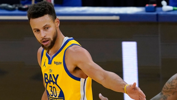 Steph Curry Scores 28 Golden State Warriors Jump On Detroit Pistons To Win Tsn Ca