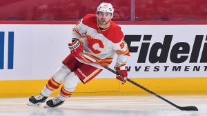 Flames trade Bennett to Panthers