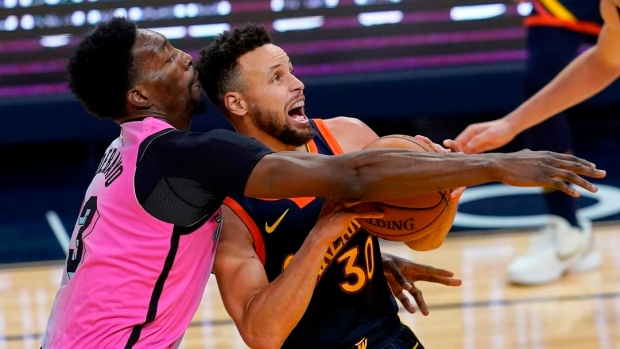 Stephen Curry Golden State Warriors Rally Past Miami Heat For Ot Victory Tsn Ca