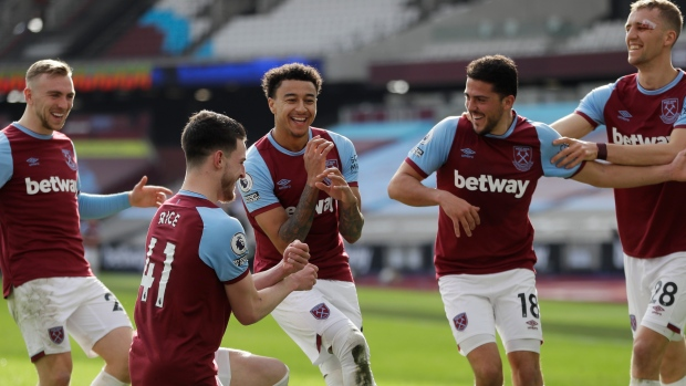 Jesse Lindgard, West Ham players celebrate