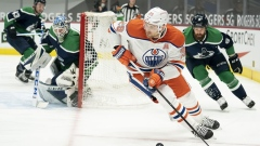 Dominik Kahun scores twice, Oilers claw out 4-3 comeback win over Canucks Article Image 0