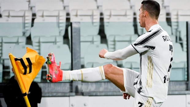 Ronaldo scores but Juventus held 1-1 at Hellas Verona - TSN.ca
