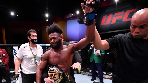 Sources; Sterling pulled from UFC title fight due to injury