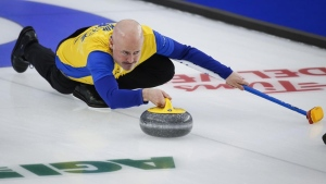 Koe books berth in championship round despite dropping first game