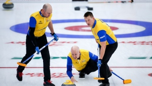 Koe advances to Brier final; Dunstone and Bottcher to battle in semis