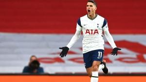 Spurs send Lamela to Sevilla for Gil