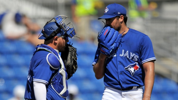 MLB to test electronic device for catchers to give signals to pitchers