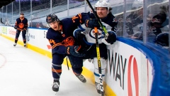 Edmonton Oilers score four unanswered goals to defeat Winnipeg Jets 4-2 Article Image 0