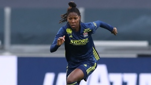 Buchanan scores twice in Lyon's Champions League Group D win