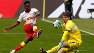 Leipzig win keeps Bayern waiting for title