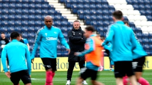Rooney vows to stick with Derby through administration