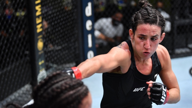 Rodriguez outpoints Dern to state case as title contender