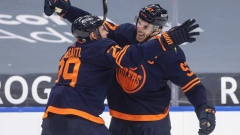 Oilers plan to keep playing McDavid, Draisaitl as NHL regular season winds down Article Image 0