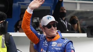 Dixon shakes through head cold to show he's IndyCar's best