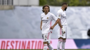 Modric signs one-year extension with Real