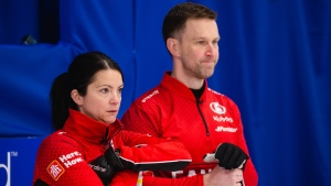 Gushue, Einarson fall to Scotland, will play in bronze-medal game