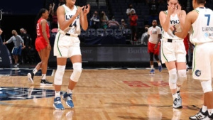 Collier hits late free throws, Lynx beat Dream