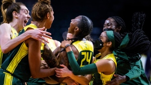 Loyd hits 3 at buzzer as Storm beat Wings in OT