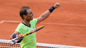 Defending French Open champs Swiatek, Nadal both move on