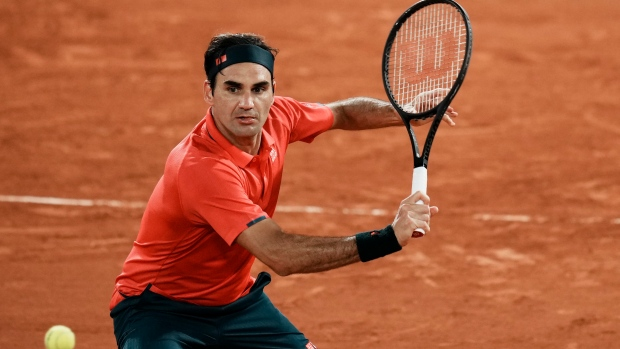 Federer (knee) withdraws from Olympics