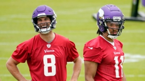 Cousins vows to be 'open book' for rookie QB Mond