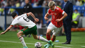 Mostovoy tests positive, cut from Russia's Euro 2020 squad