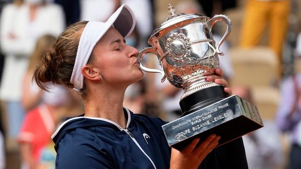 Krejčíková beats Pavlyuchenkova to win French Open women's title