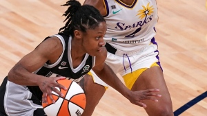 Dangerfield's shooting sends Lynx past Sparks
