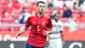 Busquets tests negative, rejoins Spain squad
