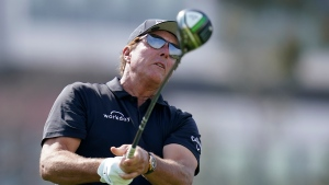 Mickelson shuts 'off all the noise' in preparation for U.S. Open at Torrey Pines