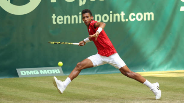 Auger Aliassime eliminated at Halle Open
