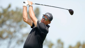 Mickelson holds off Jimenez for third PGA Tour Champions win
