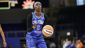 Chicago tops Connecticut for 4th straight win
