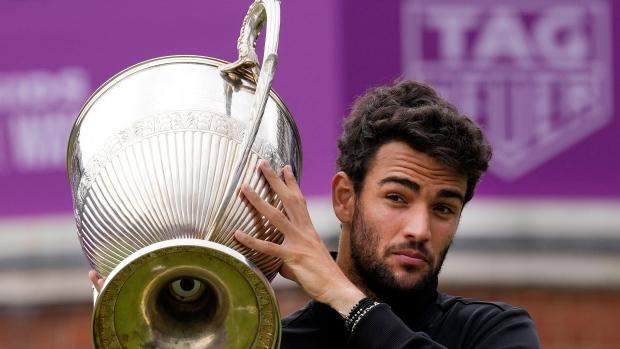 Berrettini beats Norrie for Queen's Club title
