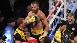 Lomachenko batters Nakatani, scores 9th-round TKO in return