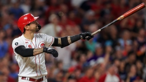 Reds' Castellanos placed on IL with wrist injury
