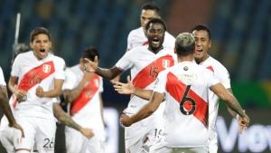 Peru beats Paraguay on penalties to reach Copa America semis