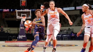 Robinson, McCowan help Fever beat Sun, snap 12-game skid