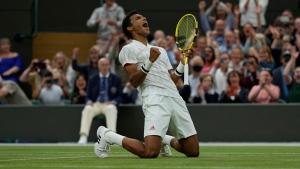 Shapovalov, Auger-Aliassime through to Wimbledon quarters