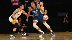 Collier scores 27, Lynx beat Sparks