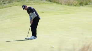 Oosthuizen leads, Spieth right behind at The Open