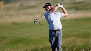 Oosthuizen leads after 3 rounds at the Open, Morikawa 1 back