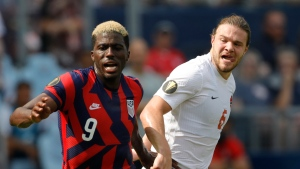 Moore scores 20 seconds into game, US beats Canada in Gold Cup